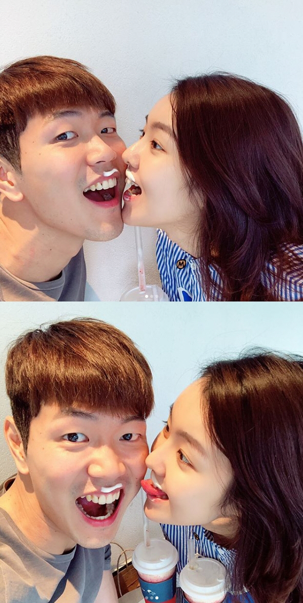 '까방권' 김영권, 아내와 달달한 데이트…연예인 뺨치는 미모 '사랑해'