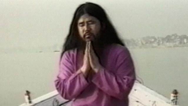 '도쿄 독가스 테러' 옴진리교 교주 유해 처리 놓고 가족간 갈등