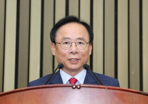 한국당, 국회부의장 후보에 친박 이주영 선출