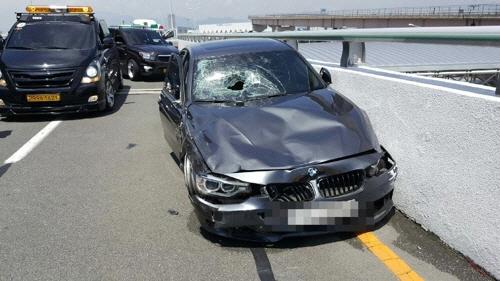 김해공항 BMW 사고 '살인죄 적용하라'는 목소리에 법조계 반응은?