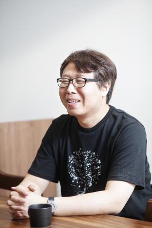 송영희 엔비전스 대표 ''어둠속의 대화' 상설 전시로 시각장애인 고용 늘렸죠'