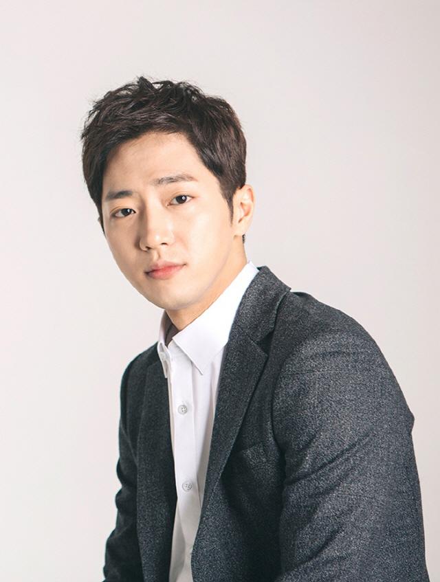 [공식입장] 이상엽, tvN '톱스타 유백이'주연 캐스팅… 한국의 잭스패로우