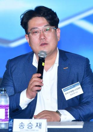 [인터뷰] 송승재 디지털헬스산업협회장 '데이터 규제부터 정비해야 첨단 의료기기 산업 발전'