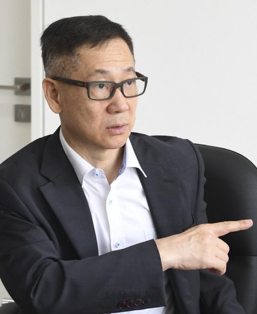 '선진국도 혁신 매달리는데…韓, 정책 재탕하며 미래 대비 손놔'