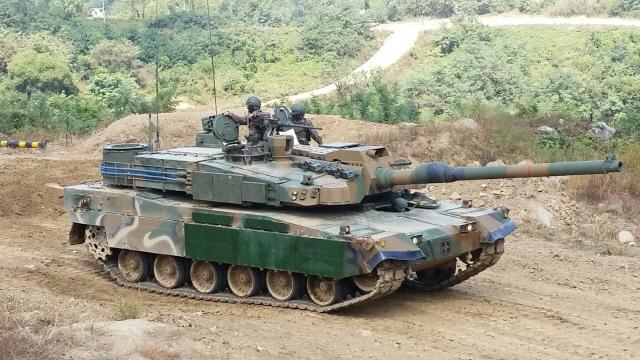 [권홍우 선임기자의 무기이야기] 50도 이상 치솟는 전차·장갑차..에어컨은 편의 아닌 '생존장비'