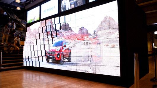 이노션, 국내 첫 실감형 디지털 입체 광고 '키네틱 LED 파사드' 공개