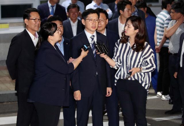 특검, '드루킹' 수사결과 발표에 김경수 경남지사 '무반응'