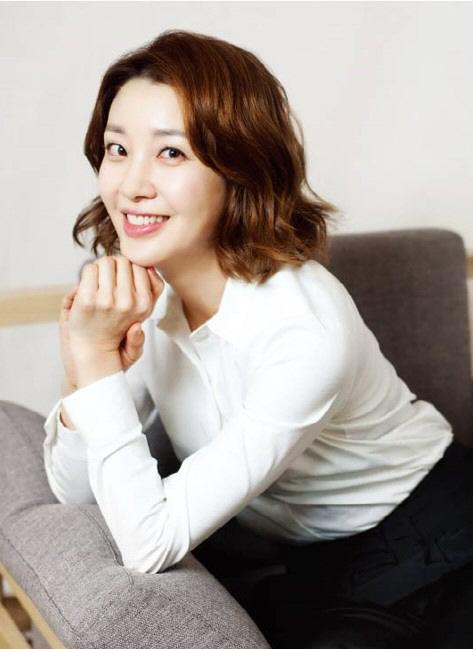 [공식] 이아현, tvN '톱스타 유백이' 출연…예능→드라마 '열일 행보'