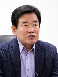 이해찬, 당권 경쟁자 김진표·송영길에 당직 위촉