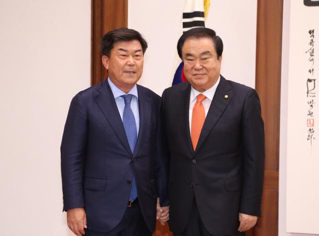 국회 간 박성택 중기중앙회장 '규제완화를'