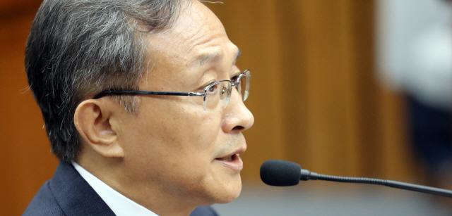 유남석 헌재소장 후보자 청문회, '정치적 중립성' 집중 검증