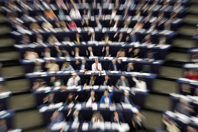 '음악·뉴스 온라인 무단게재 안돼'…유럽의회, 저작권법 통과