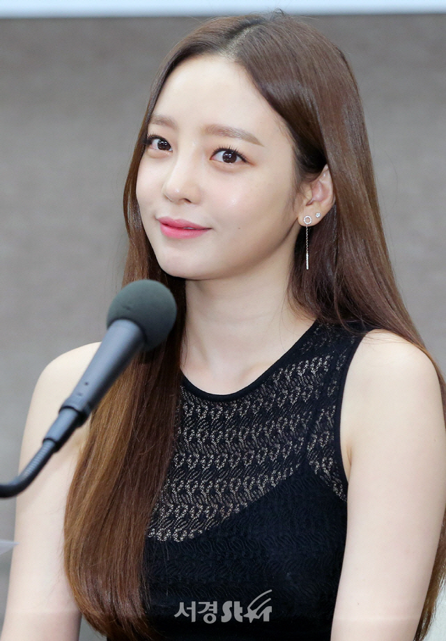 """[공식입장] 구하라 측 """"남자친구 폭행 혐의? 확인 중"""""""