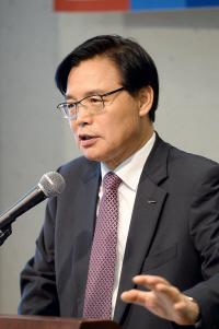 권평오 코트라 사장 '3년간 2,700명 해외취업 성사시킬 것'