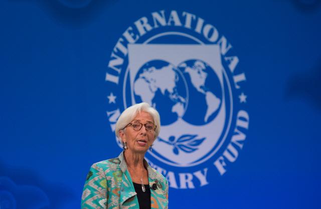 IMF 총재 '세계 경제전망 어두워져…일부 위기 현실로'