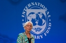 "IMF 총재 ""세계 경제전망 어두워져…일부 위기 현실로"""