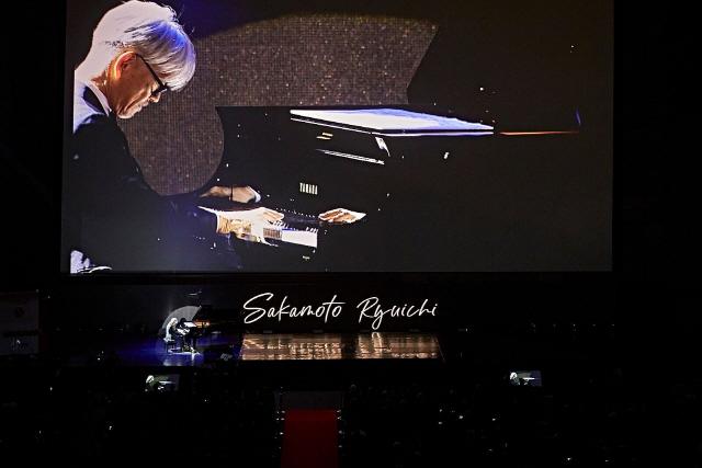 [2018 부산국제영화제]축제 현장 빛낸 영화음악 거장 사카모토 류이치