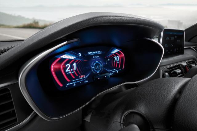 [SENTV] 제네시스, 2019년형 G70 출시… 세계 최초 3D 계기판 장착