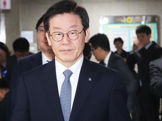"""신동욱 """"이재명 오명 벗었다…혜경궁 김씨 계정은 누구 것?"""""""