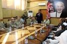 美사령관 참석한 아프간 회의에서 총격...3명 사망·10명 부상