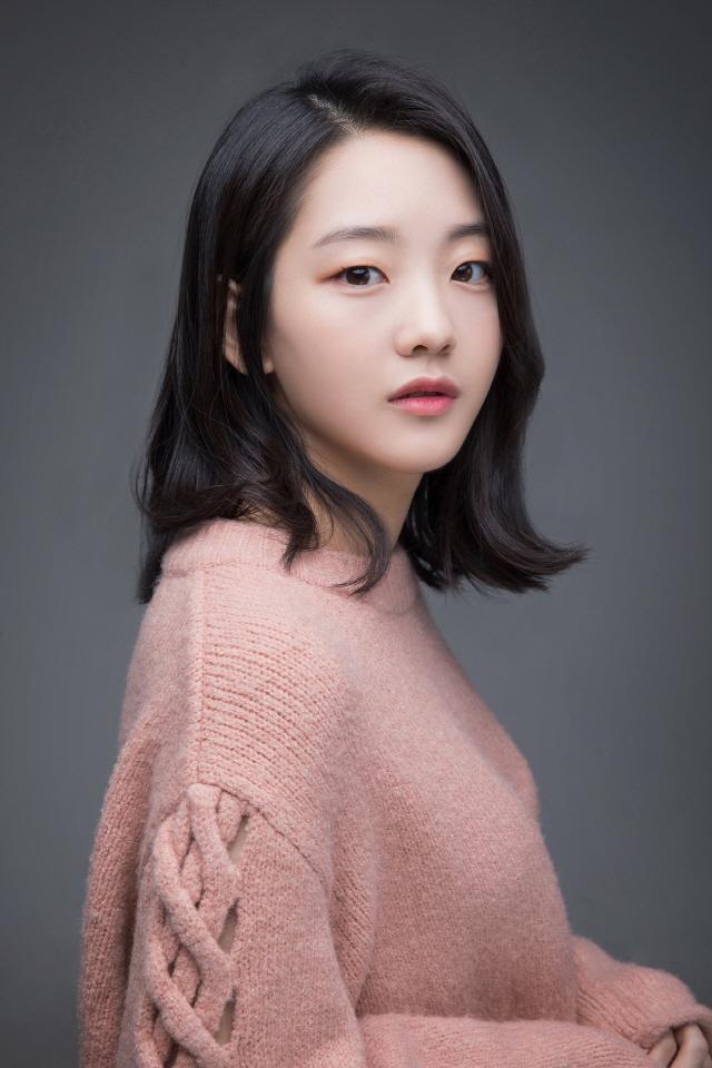 [공식] 신예 조이현, MBC '나쁜형사' 캐스팅…신하균과 호흡