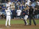 LA시간 자정 넘었다, 다저스-보스턴 이틀째 경기 중…'월드시리즈 최초'