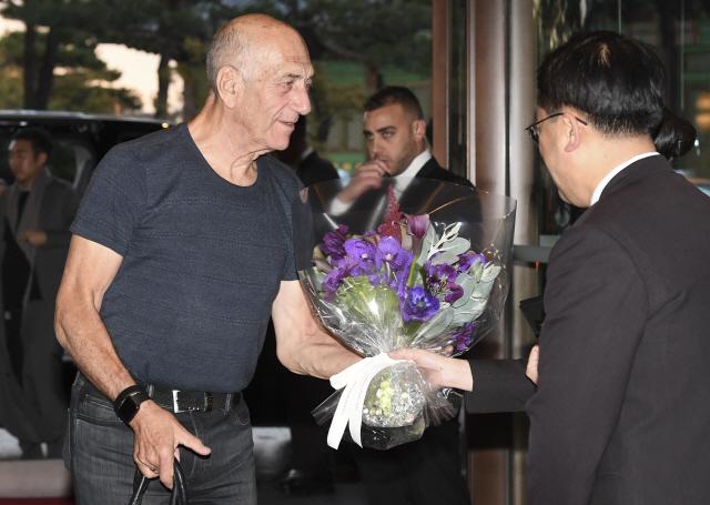 [ABF in Seoul] Ex-Israeli PM Olmert lands in Seoul for 'ABF in Seoul'