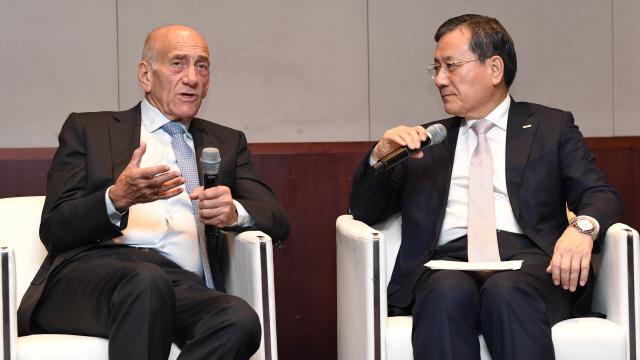 [ABF in Seoul]올메르트 전 이스라엘 총리 '한국산업 미래 준비하고 있나…삼성도 조심해야'