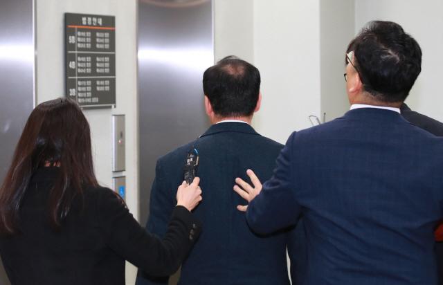 '숙명여고 문제유출' 교무부장 구속…'수상한' 야근·오답이 결정적