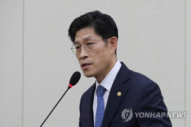 노형욱 국무조정실장 '암호화폐 대책 서두르지 않겠다'