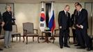"""러 역할론 강조한 文에 푸틴 """"비핵화 상응조처 뒤따라야"""""""