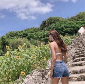 배우 김성은, 흰색 비키니 입고 탄탄한 몸매 '두 아이 엄마라고?'
