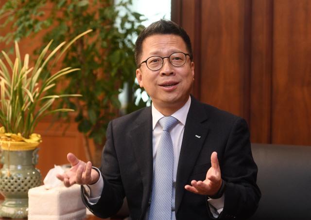 [서경이 만난사람]정지원 한국거래소 이사장 '코스닥 활성화 대책 지속...공매도 불안 해소할 것'