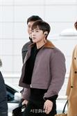 동방신기 유노윤호, '날이 선 미모' (공항패션)