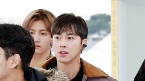 동방신기 유노윤호, '광채나는 얼굴' (공항패션)