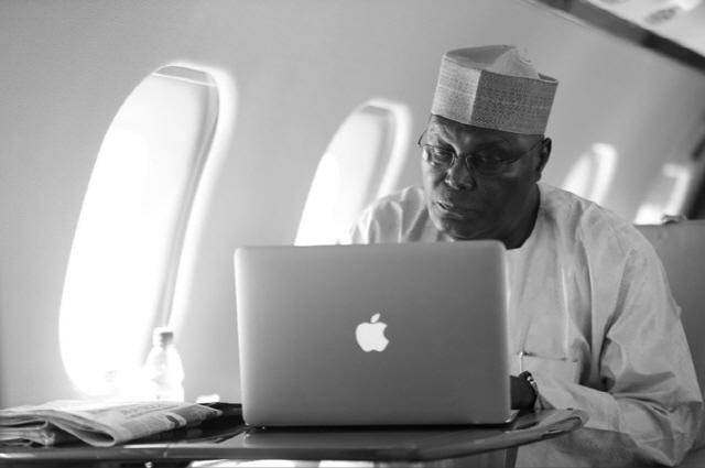"""나이지리아 대통령 후보 """"블록체인 기술이 경제발전 속도 높일 것"""""""