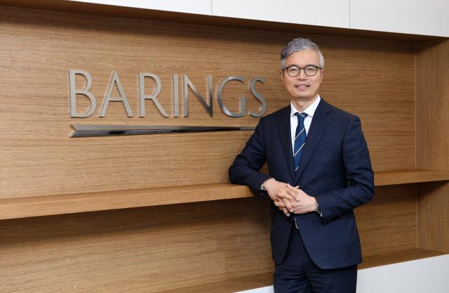 """[CEO&Story] 배인수 베어링자산운용 대표 """"저금리 안개 걷히는 단계…투자 시야, 해외로 돌릴 때"""""""