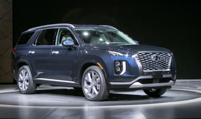 현대차 대형 SUV '팰리세이드' 최초 공개…'다음달 국내 출시'