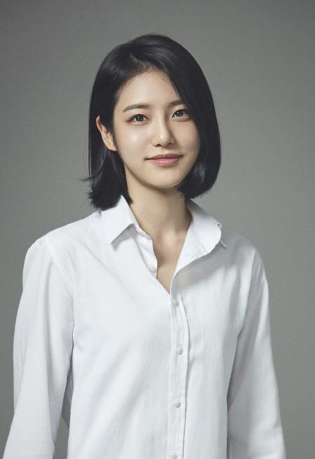 '차세대 전지현' 신예은 누구?…20살·성균관 대학생