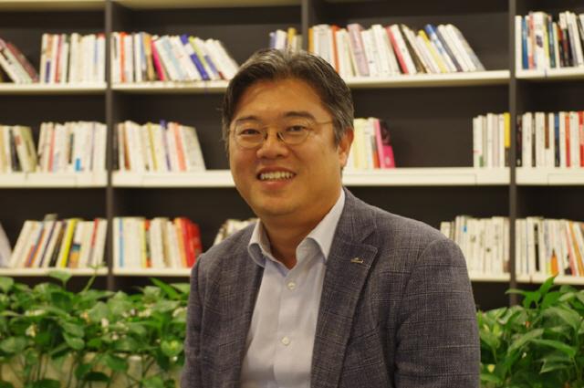 조영서 신한지주 본부장 '국내 최초 블록체인 기반 통합인증 연내 출시'