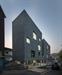 [건축과 도시- 금천구 사회적경제허브센터] 튀지 않게...진회색 벽돌 공공건물, 주택가와 어우러지다