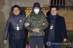 """'황제보석 논란' 이호진, 7년여 만에 구치소 재수감 """"도망 염려 있어"""""""