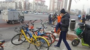 [글로벌Why-빨간불 켜진 中공유자전거]'바람 빠진 자전거' 된 오포, 예정된 추락? 신경제 성장통?