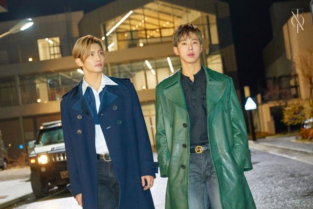 동방신기, 오늘(26일) 데뷔 15주년 스페셜 앨범 발매 '기대↑'