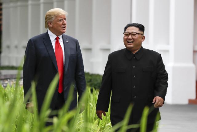 """트럼프, 북한에 """"내달 중순 베트남서 2차 정상회담"""" 제안"""