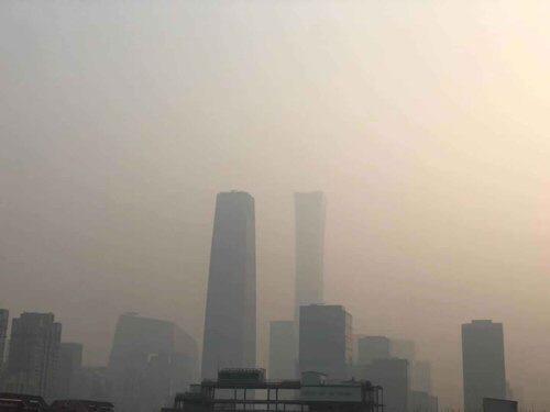 베이징 새해부터 '최악의 대기오염'…15일은 돼야 걷힐듯