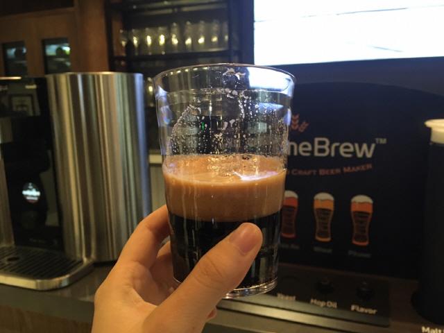 [LG홈브루 시음기]향·탄산 살아있는 맥주… '끝까지 신선한 맛'