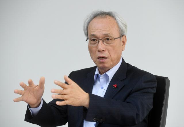 [대한민국 생존리포트] '투쟁해 월급 올리는 시대 끝나...복지 지원 '사회적 임금' 시급'