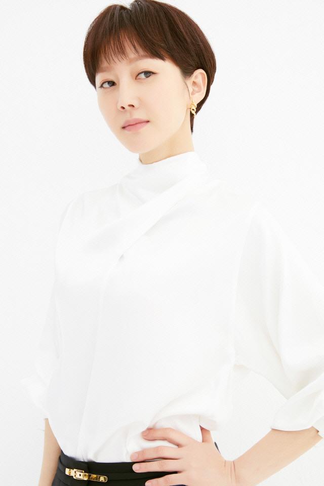 """[SE★인터뷰②] 염정아 """"김혜수 선배, 존경해...진심으로 후배들을 격려해주시는 분"""""""