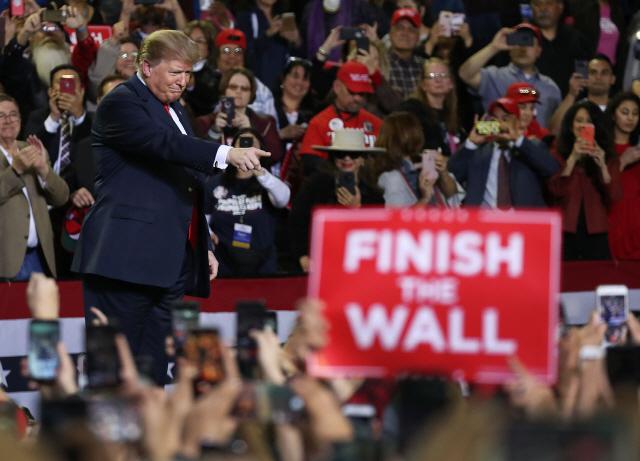 트럼프, 재선 유세서 '국경장벽' 또 강조